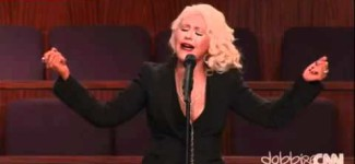 Christina Aguilera – At Last  Etta James Funeral
